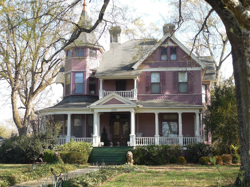 Guide to buying a victorian property for Building a victorian house